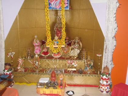 templo indiano na casa de Meet Ravindra